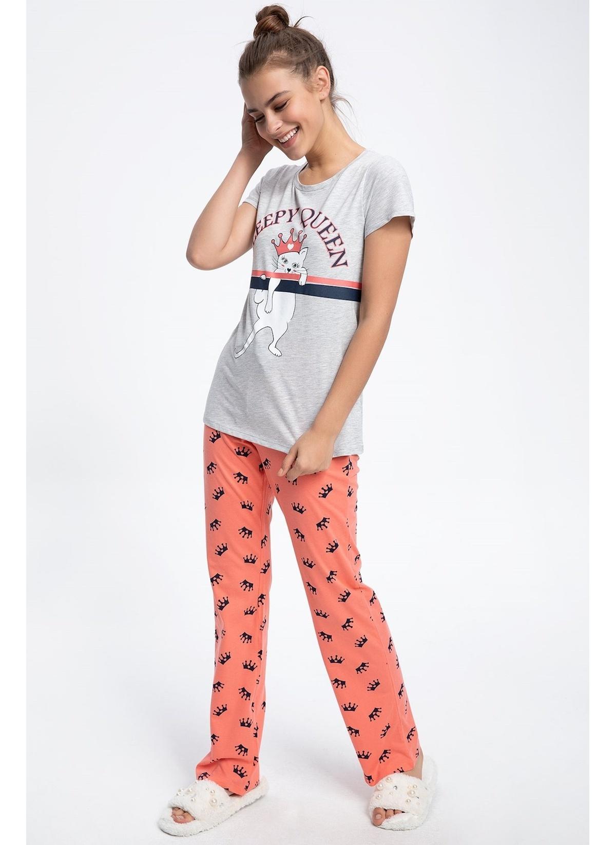 Defacto Pijama Takım K3308az19sprd45 Baskılı Pijama Takımı – 59.99 TL